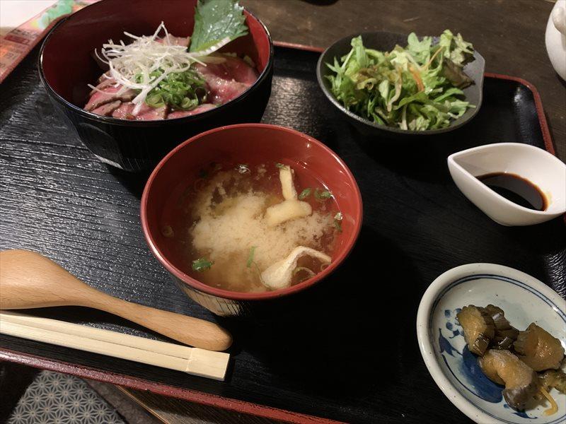 滋賀県彦根市 近江牛ローストビーフ丼御膳